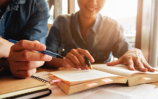 CORI/MG: Estudo debate o impacto dos serviços notariais e de registro na geração de emprego