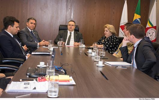 TJ/MG: Presidência faz reunião sobre projetos da área judiciária
