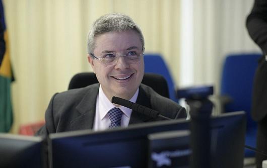 CNB/MG realiza entrevista exclusiva com o senador Antonio Anastasia